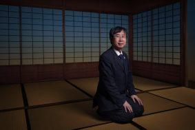 Portrait de Koreito Masuda dans le pavillon de thé