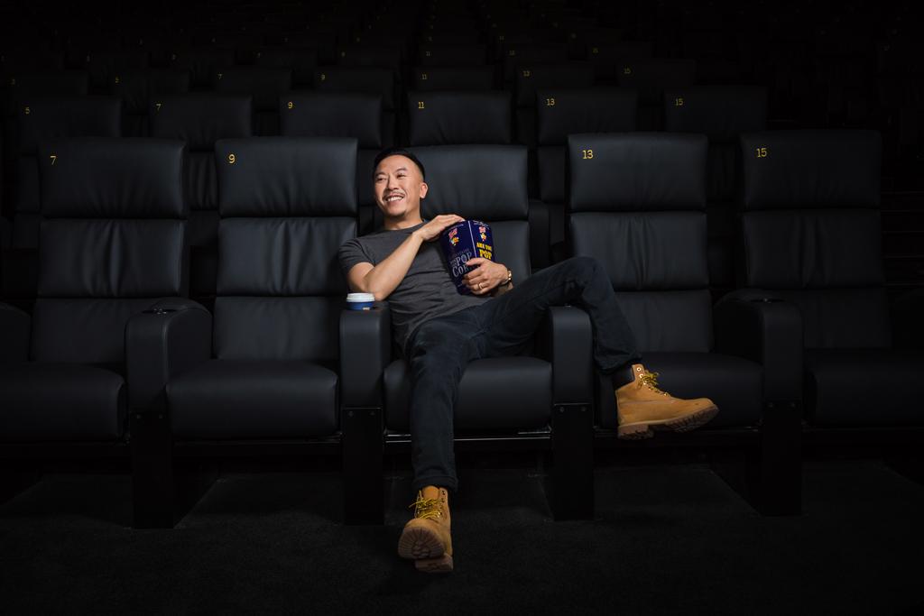 Photo du comédien Steve Tran dans le cinema 7 Batignolles